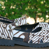 Mary Jane Style Espadrille, Vegan Womens Chunky Shoes With Treaded Sole In Natural Yogyakarta Batik - Maryjane