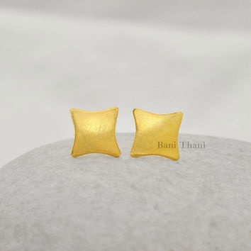 Handcrafted Designer Star Stud  Micron Gold Plated 925 Sterling Silver Jewelry
