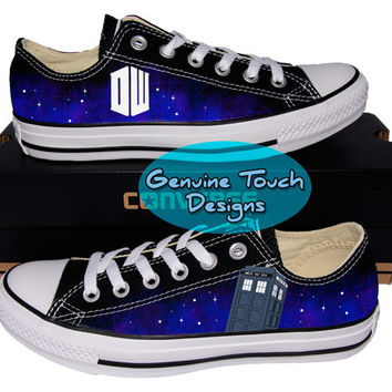 Custom Converse, Doctor who, Tardis, Time lord, Fanart shoes, Custom Chucks, painted shoes, personalized converse low tops v3