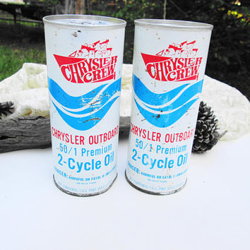 Vintage Oil Cans Full Chrysler Crew 2-Cycle Outboard Oil Unopened 50/1 Premium Motor Oil New Old Stock Red White Blue Man Cave Collectible