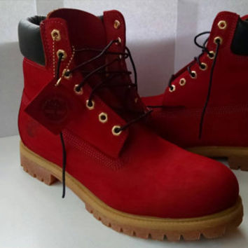 Customized, personalized, Timberland Boots. (MENS sizes)