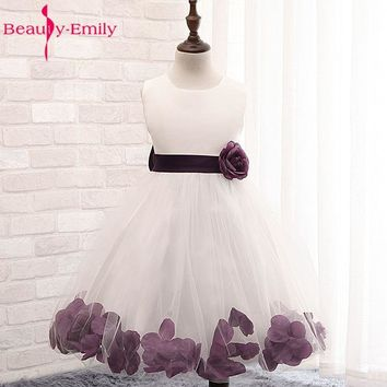 Flower Petals Girls Party Dress Children Baby Wedding Party Flower Girl Dresses 2017 New Designs Prom Gown Princess Costume Made