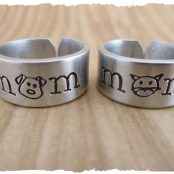 Pet Mom Cat Mom Dog Mom Handstamped jewelry ring thumb ring adjustable silver gift for dog lover gift for cat lover for her for him unisex