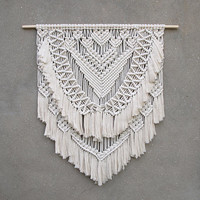 Large macrame wall hanging Large wall decor Bohemian home decor Wedding backdrop Wedding photo decorations Boho wedding photo prop Gypsy