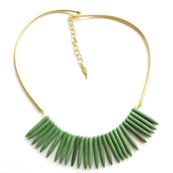 Green gemstone spikes contemporary necklace - green turquoise necklace - turquoise summer necklace perfect with tank top or with bikinis