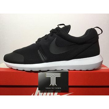 Nike Roshe NM TP Tech Fleece Pack Rosherun ~ 749658 001 ~ U.K. Size 11