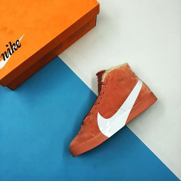 WMNS Nike Blazer Low SD AV2253-800