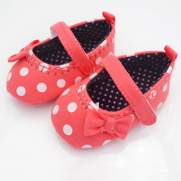 Red Baby Girls Shoes White Dot Toddler Infant Walking Shoes Prewalker 0-12 M NW