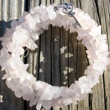 Heart's Key Memory Wire Rose Quartz Bracelet