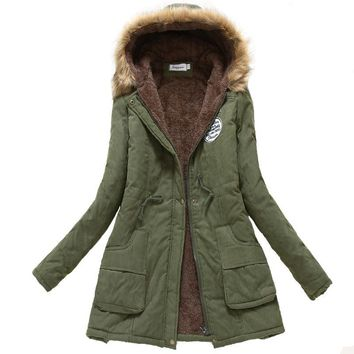 Trendy 2018 women winter jacket hooded with fleece warm female coat fur collar 12 colors cotton padded outwear jaqueta feminino AT_94_13
