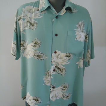 Hula Hula Hawaii Mens Vintage Hawaiian Resort Island Blue Shirt White Hibiscus  Rayon Viscose Size L