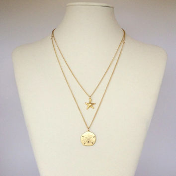 Gold Layered Neckacle//Starfish and Sand Dollar Layered Necklaces//Gold filled Charms//Sea Life Charms
