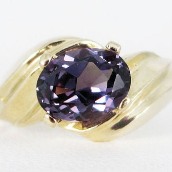Alexandrite 14k Oval Yellow Gold Ring