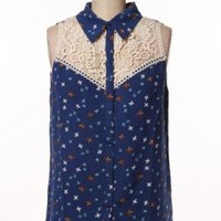 Graceful Wings Bird Print Lace Yoke Sleeveless Blouse in Navy | Sincerely Sweet Boutique