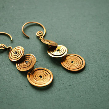 Tribal spiral hoop earrings / 18g / Ethnic Jewelry / Tribal jewelry / Belly dance jewelry / Tribal earrings / Tribal Hangers / Sold as pair