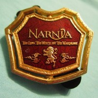 Disney Narnia The Lion, The Witch and The Wardrobe Gold Tone Metal Lapel Pin
