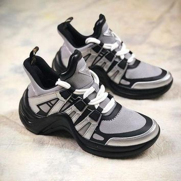 Louis Vuitton LV Fashion Women Men Personality Sport Shoes Couple Sneakers I/A
