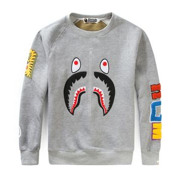 Bape 2018 autumn and winter new personality shark camouflage casual round neck plus velvet sweater Grey