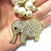 Elephant Pearl keychain Austrian Crystal Element in Gift Bag - Alice's