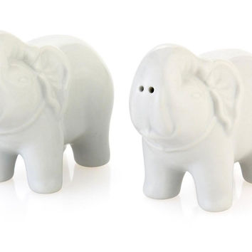 Pair of Porcelain Elephant S&P Shakers, Salt & Pepper, Accessories