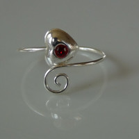 Sterling Silver 925 Adjustable Heart with Red Crystal Stone Toe Ring