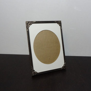 Vintage Unique 5 x 7 Brass or Gold Tone Floral Picture Frame with Black Trim, Matte Glass, and Oval Matte - Hollywood Regency