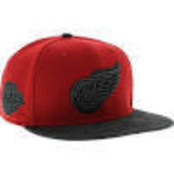 ONETOW NHL 47 Brand Detroit Red Wings Red Countershot Captain Wool Snapback