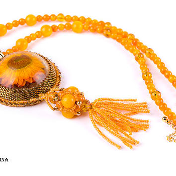 Real flower jewelry Flower Necklace Yellow Orange pendant-necklace Statement necklace boho necklace beaded resin necklace Nature Inspired