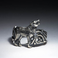 Howling Wolf Ring, silver, handmade ..... Wolf Song Ring