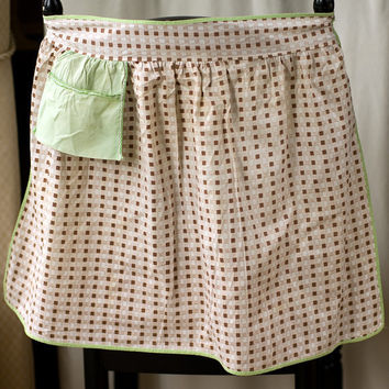 Apron Brown Checkered with Pocket Vintage
