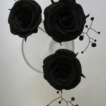 Black roses Halloween For hair With flowers Sugar skull Floral hair pins Black wedding Rose pins Gothic hair clip Halloween accessory Dark