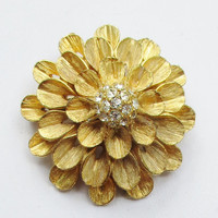 Vintage Brooch Gold  Tone Flower Brooch with Crystal Center      F65