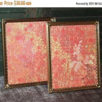 ON SALE Pair of vintage wood and gold 8x10 metal picture frames - Antique picture frames, gold decor, wedding frames, wood frames, rustic de