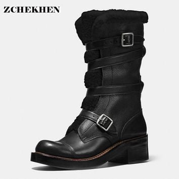 2017 Fashion Botas Mujer synthetic patchwork    genuine leather Women's Snow Boots   warm fur Boots  Women military Boots