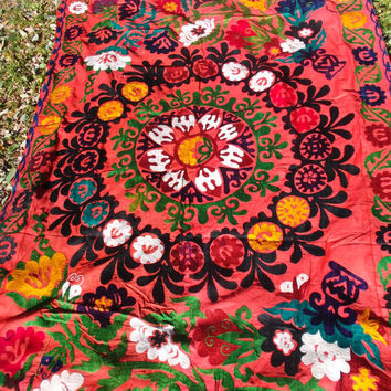 Gorgeous Floral hand embroidered Suzani from Uzbekistan. Throw/Wall hanging/Bed cover.