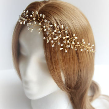 R1200 Gold Bridal hair piece delicate crystal and pearl, hair vine, crown