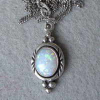 Pretty Sterling Silver Opal Pendant Vintage Necklace