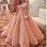 Sexy Prom Dresses A-Line 2017 New Elegant Long Sheer Neck Lace Applique Short Sleeves Formal Evening Party Gowns