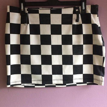 Check me out Black and white check mini skirt