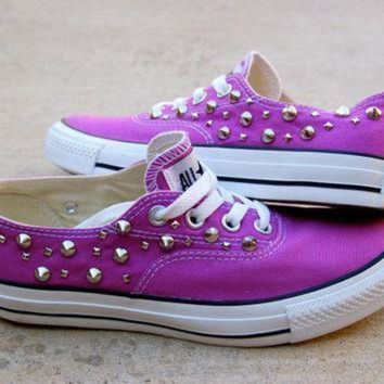 CREYON orchid studded converse the converse vans look alike