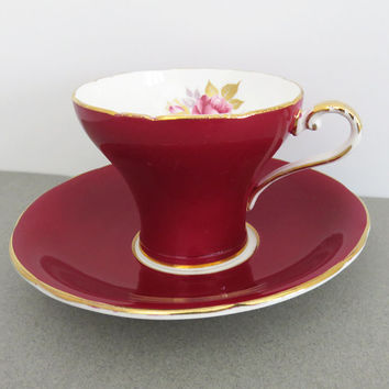 Stunning Aynsley ruby red tea cup with pink rose teacup and saucer - Red and gold bone china tea cup - Made in England
