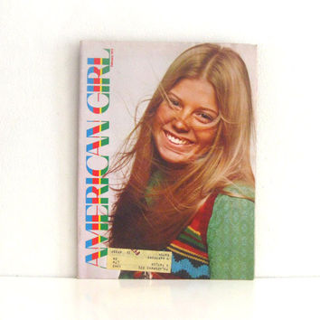 Vintage 1970s Girl Scouts Magazine - American Girl - Teenage Scouting Mag