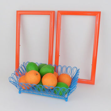 Wire Fruit Basket Blue Table Centerpiece Kitchen Decor Metal Bowl Aqua Bathroom Toiletries Hairbrush Comb Remote Control Smart Phone Storage