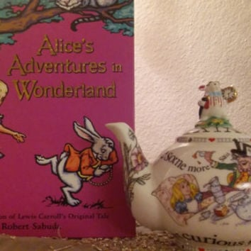 Alice in Wonderland Pop Up Book Rare