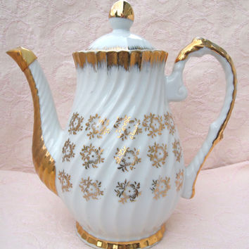Vintage White and Gold Teapot - Made in Japan