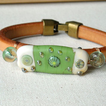 Green bicast leather,Women's leather wristband, leather wristband,Cuff Bracelets,