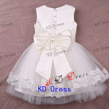 On Special Ivory Tulle Cute Flower Girl Dress Children Birthday Party Dress Kids Dress with Ribbon/Bow