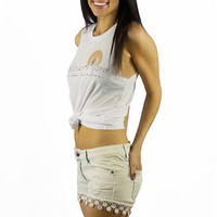 Vintage Havana Light Wash Crochet Trim Denim Shorts