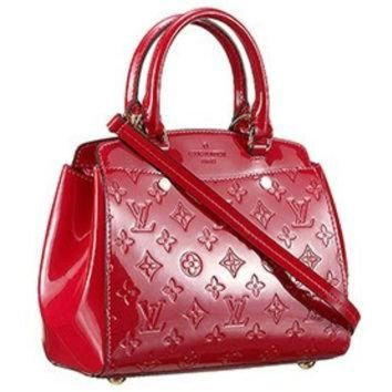 DCCKWV6 Louis Vuitton Brea Monogram Vernis PM Bag Cherry