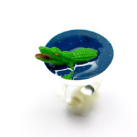 Crocodile ring. Resin ring. Modern Jewelry. resin jewelry, animal ring, adjustable, silver plated, aligator